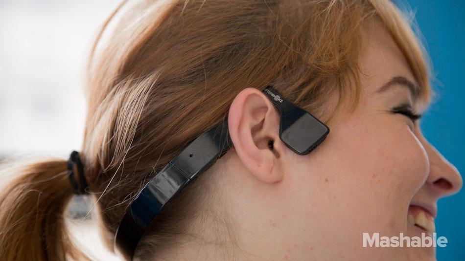 AfterShokz-Headphones-4.jpg