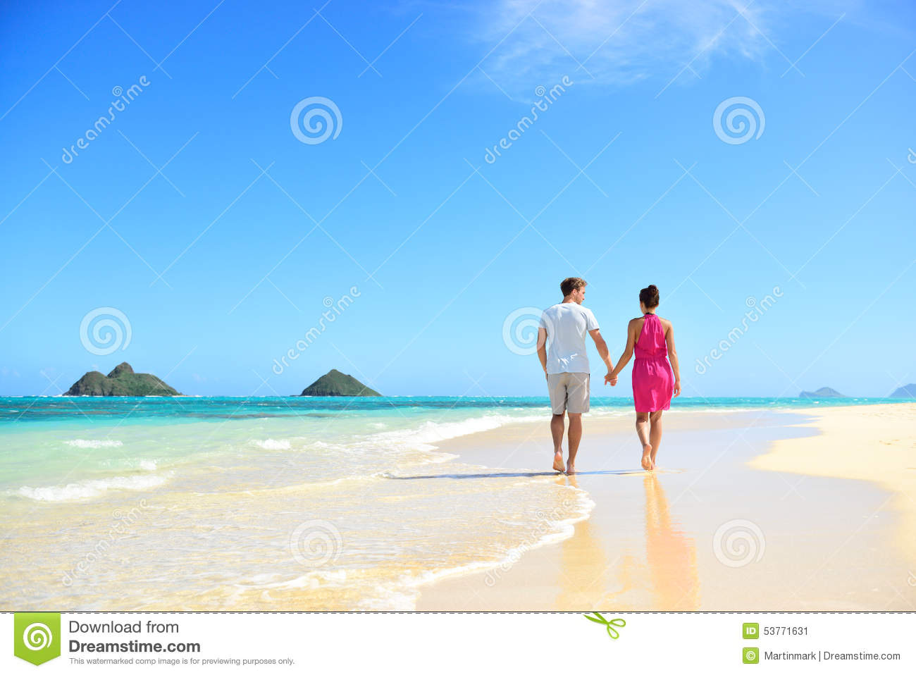 beach-couple-holding-hands-walking-hawaii.jpg