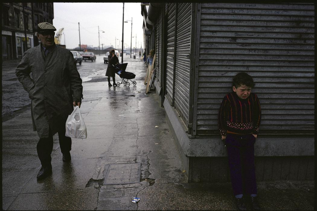 photographs-of-glasgows-slums-in-1980-427-1459529378.jpg